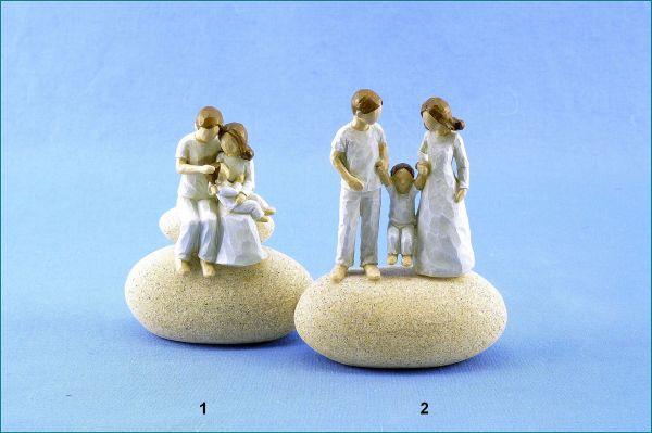 Familie auf Stein