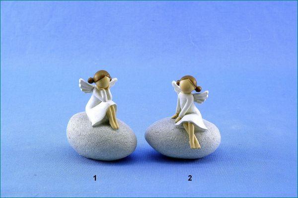 Poly Engel auf Stein in 2 verschiedenen Versionen